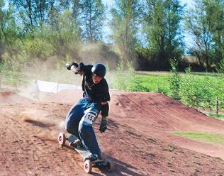 Person Mountainboarding